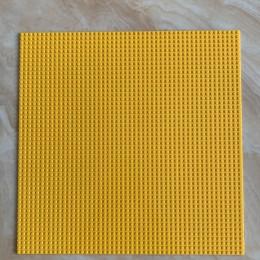 Строительная пластина 40x40 см желтая